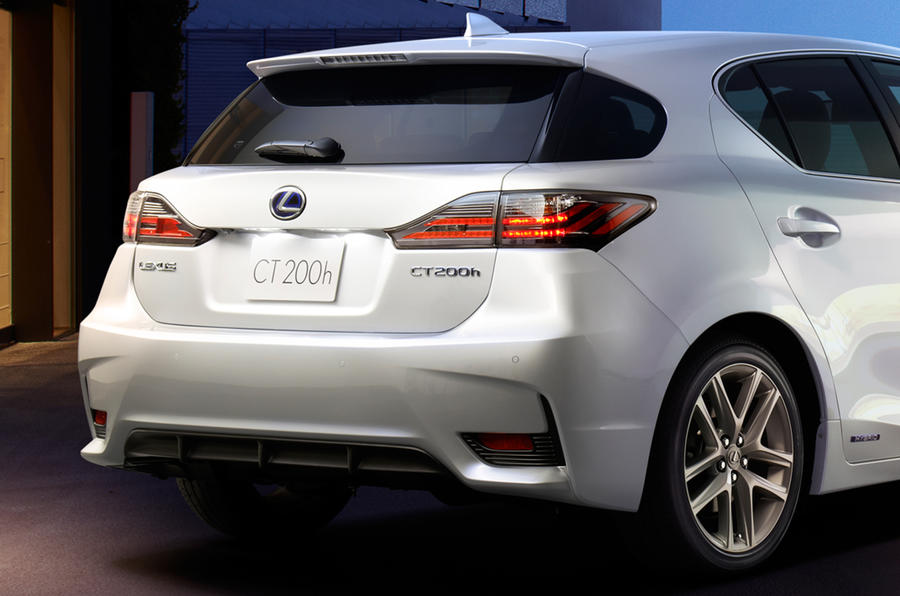 New Lexus CT 200h previewed ahead of Guangzhou motor show debut