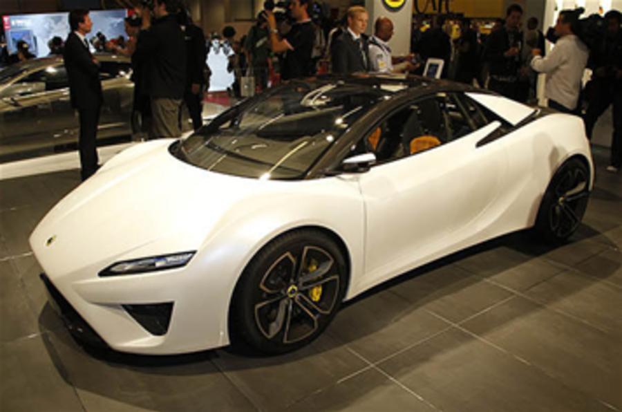 Lotus V8 to spawn four-pot