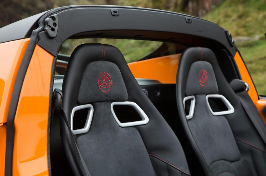 Lotus Elise Cup 250 sport seats