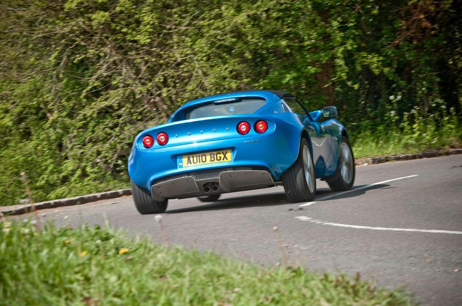 Lotus Elise rear cornering