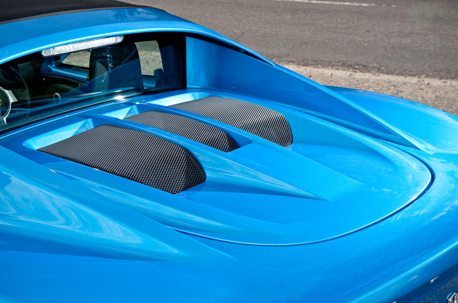 Lotus Elise bonnet