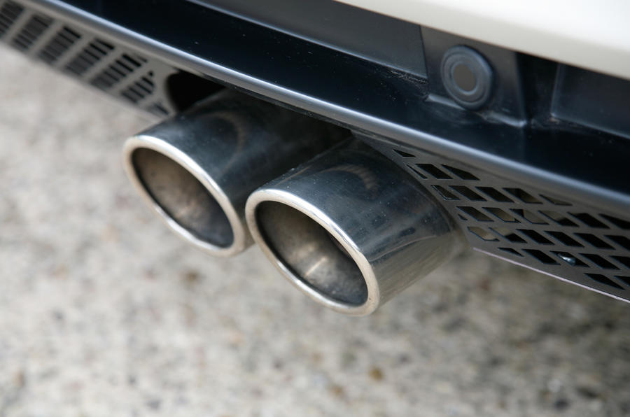 Lotus Evora twin exhaust pipe