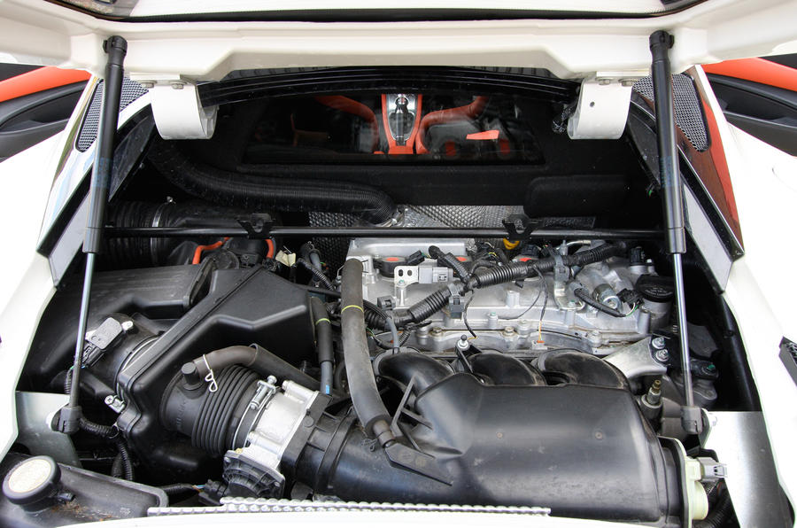 Lotus Evora 3.5-litre V6 engine