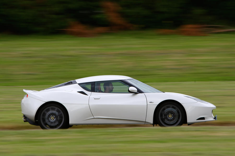 Lotus Evora side profile