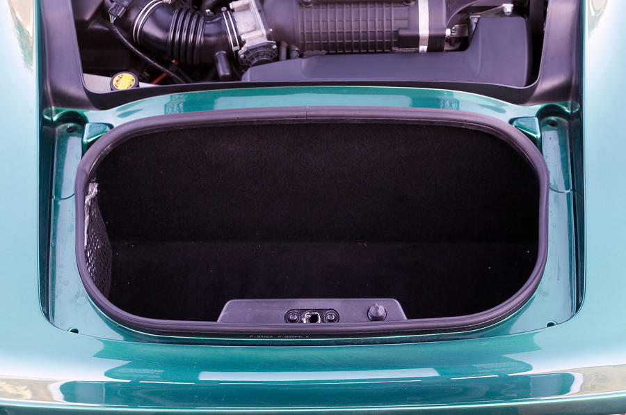 Lotus Exige S boot space