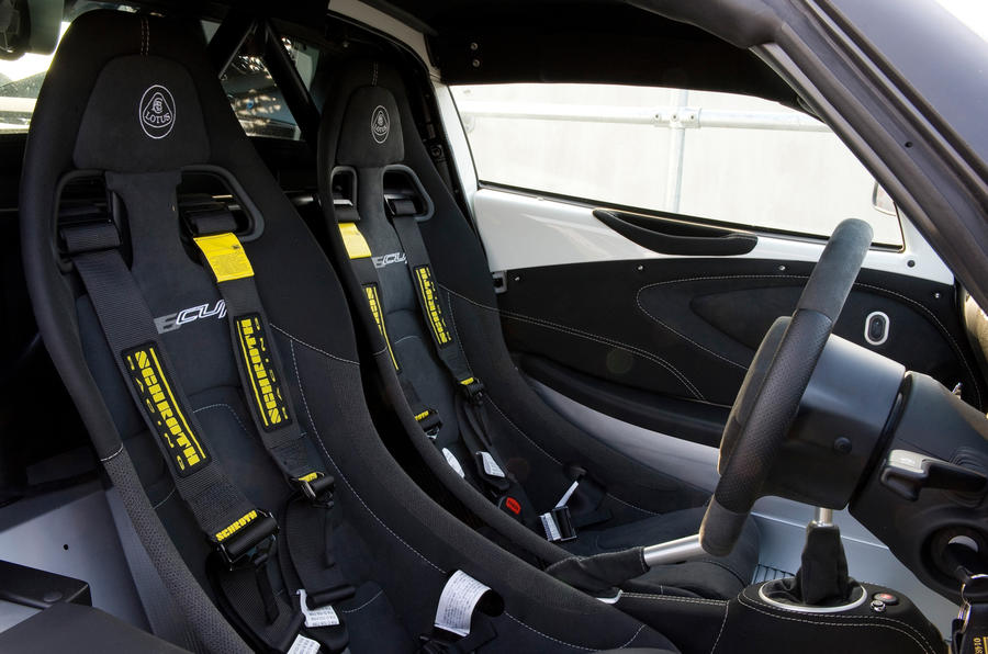 Lotus Exige V6 Cup racing seats