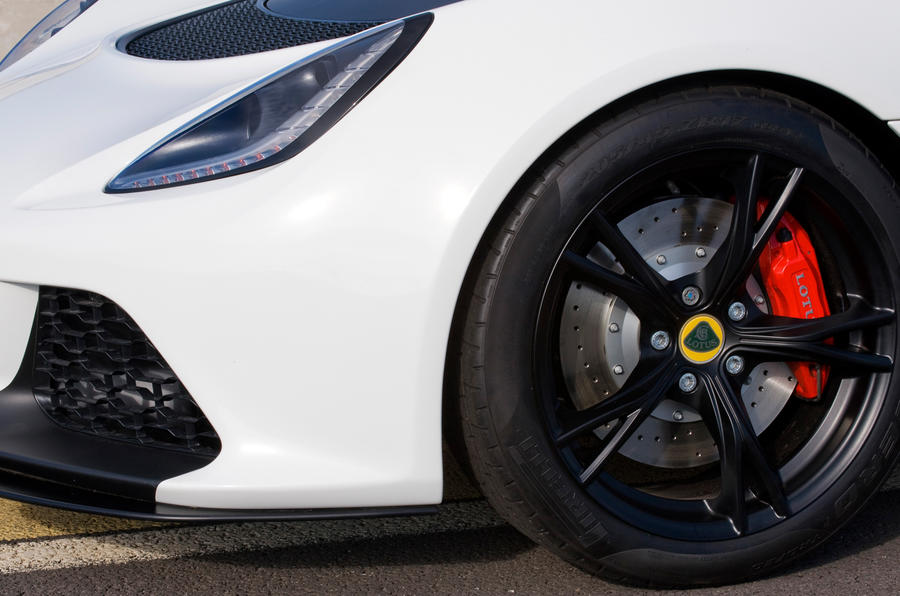 Lotus Exige V6 Cup alloys