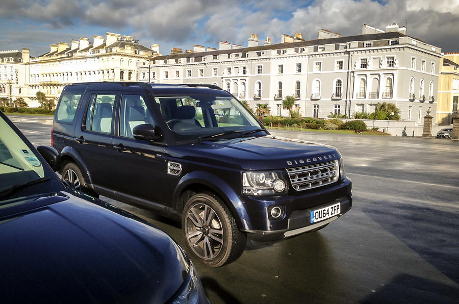 In praise of the 25-year-old Land Rover Discovery