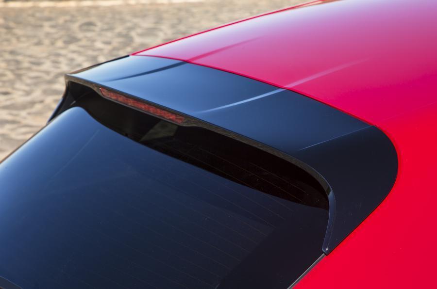Porsche Macan GTS roof spoiler