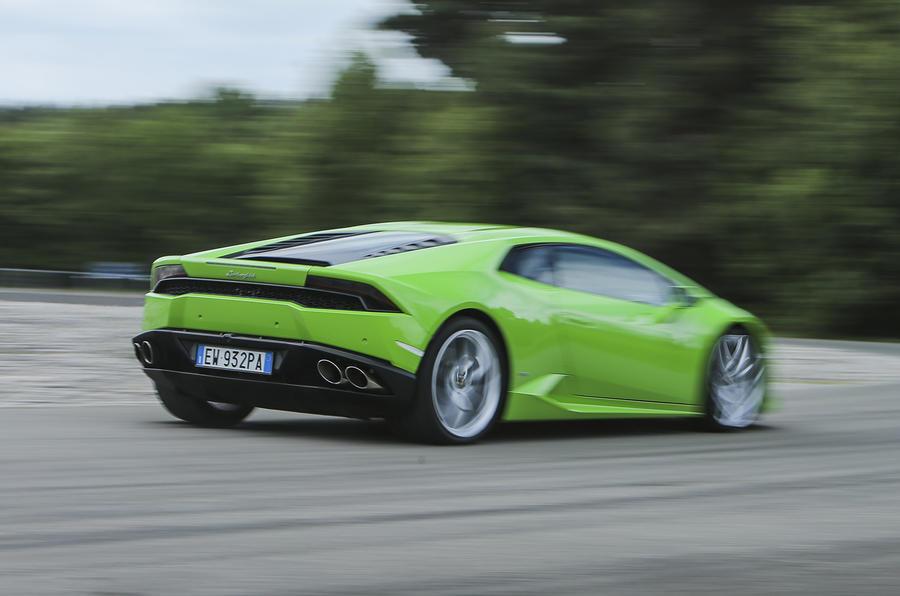 ... Lamborghini Huracán Rear Cornering ...