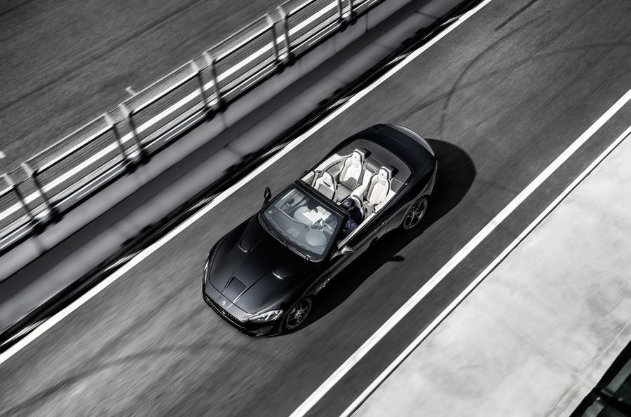 Maserati GranCabrio top profile
