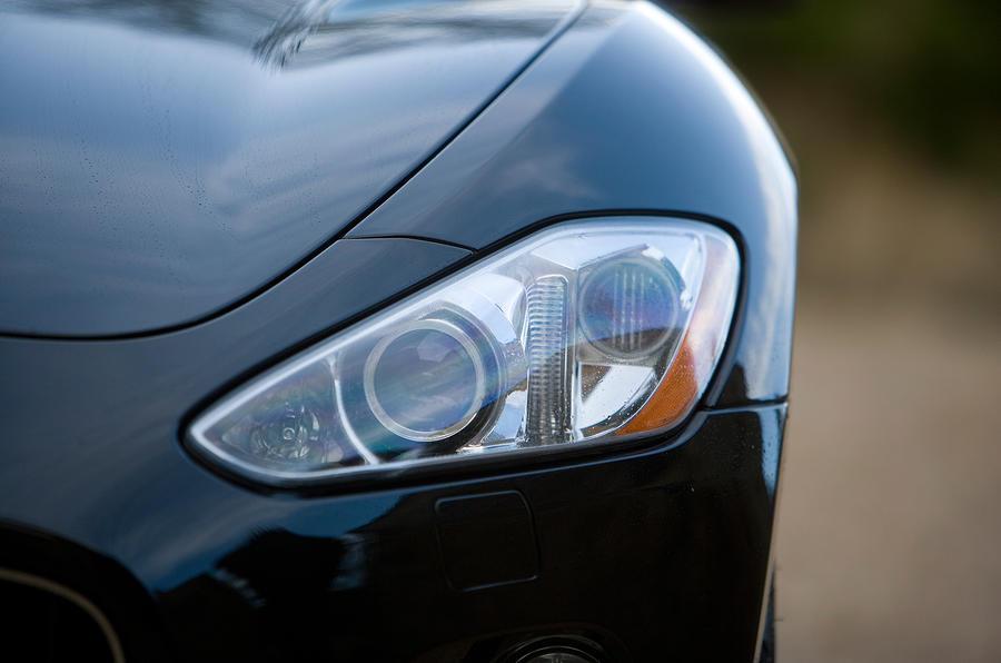 Maserati GranTurismo headlights
