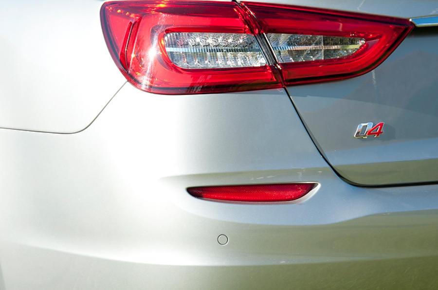 Maserati Quattroporte S rear light