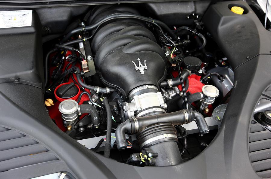 Maserati Quattroporte V8 engine