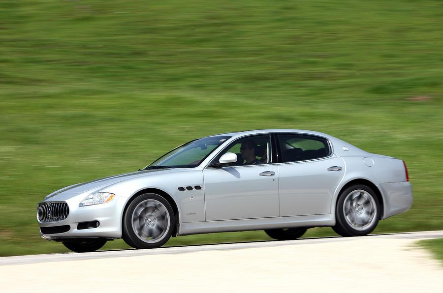 Maserati Quattroporte side profile