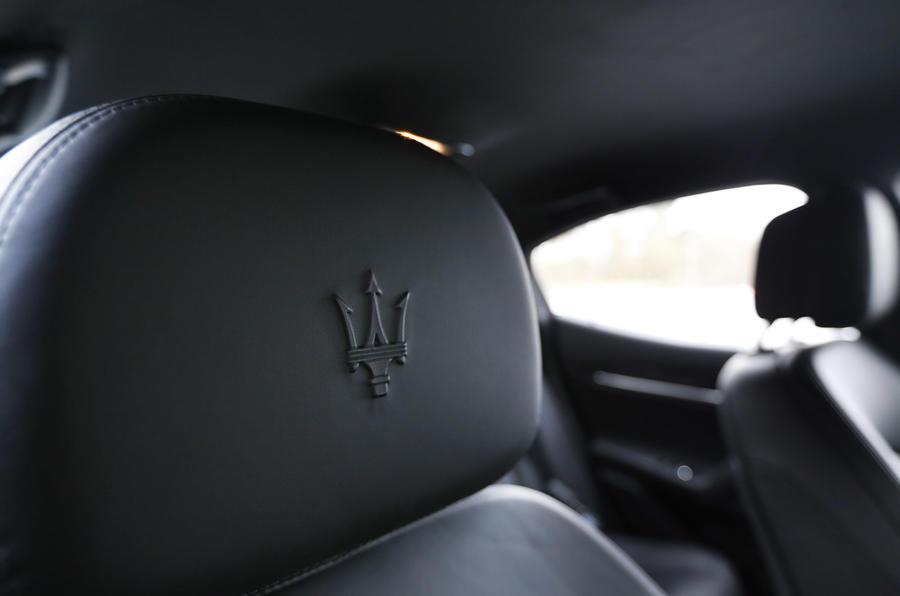 Maserati Ghibli front seats