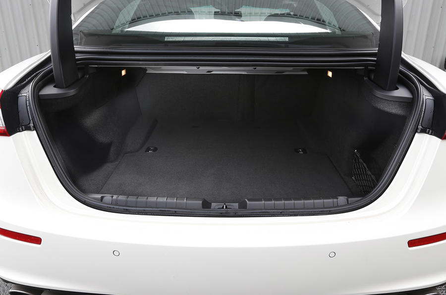 Maserati Ghibli boot space