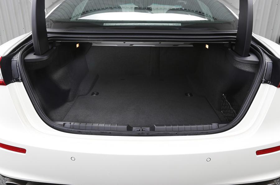 Maserati Ghibli boot space