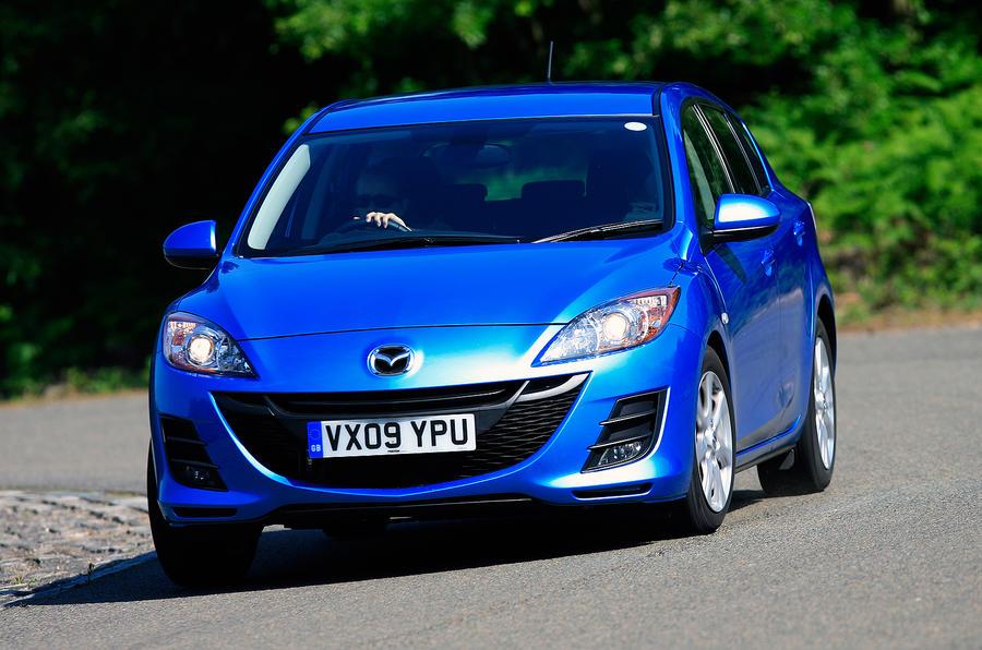 Mazda 3 cornering