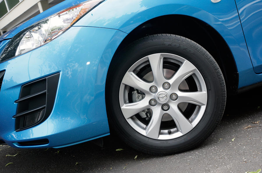 16in Mazda 3 alloy wheels