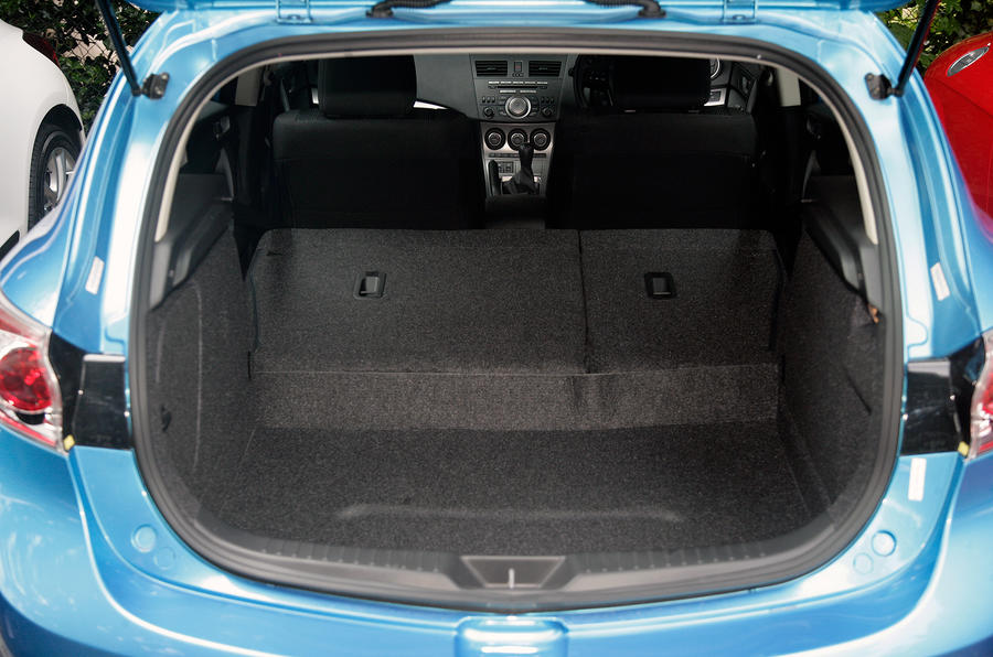 Mazda 3 boot space