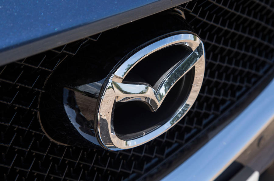 Mazda CX-5 front badging