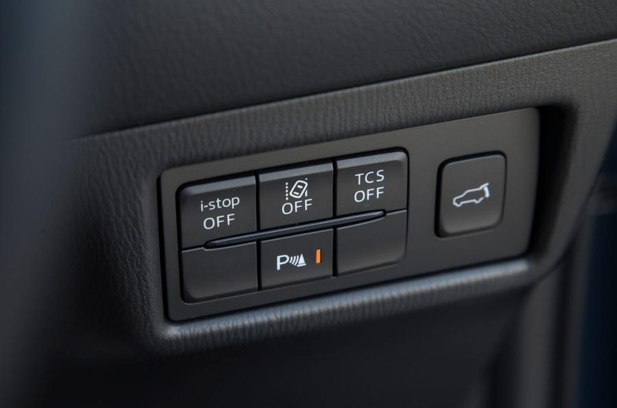 Mazda CX-5 switchgear