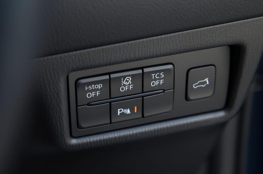 Mazda CX-5 switchgear
