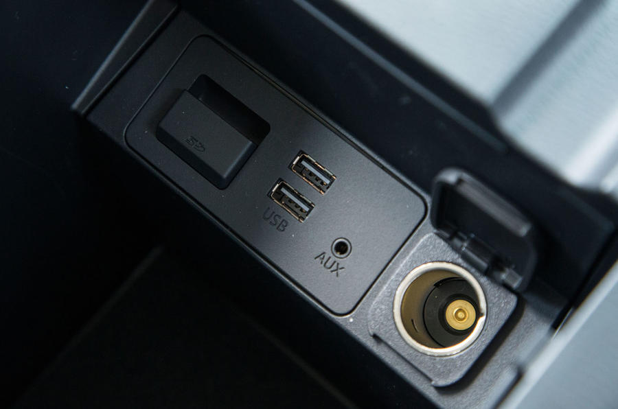 Mazda CX-5 twin USB connectivity