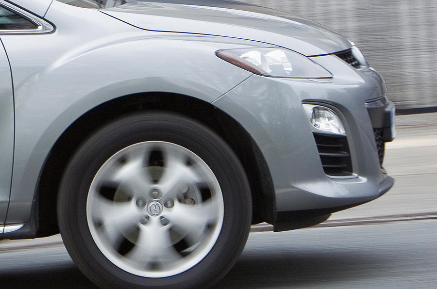 Mazda CX-7 front end