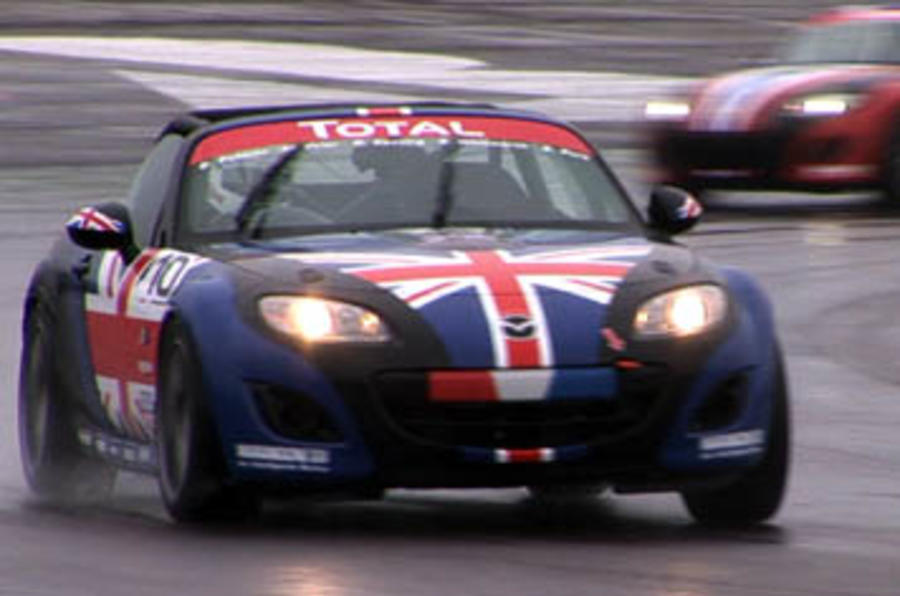 On video: Mazda MX-5 race
