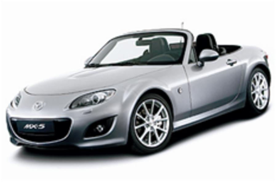 Revealed: facelifted MX-5