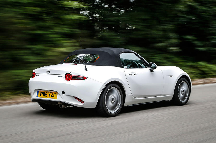 The first Mazda MX-5 made its appearance in 1989, with us testing the new 1.5-litre SE-L Nav version