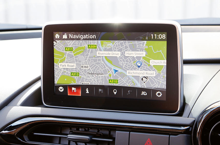 The multimedia system fitted to the Mazda MX-5 in SE-L Nav form