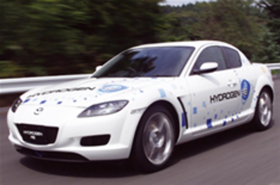 Mazda sticks with rotary power