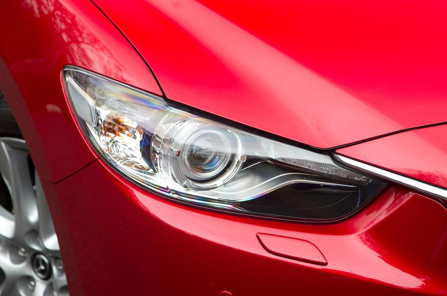 Mazda 6 xenon headlights