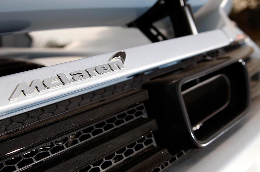 McLaren 12C Spider exhaust system
