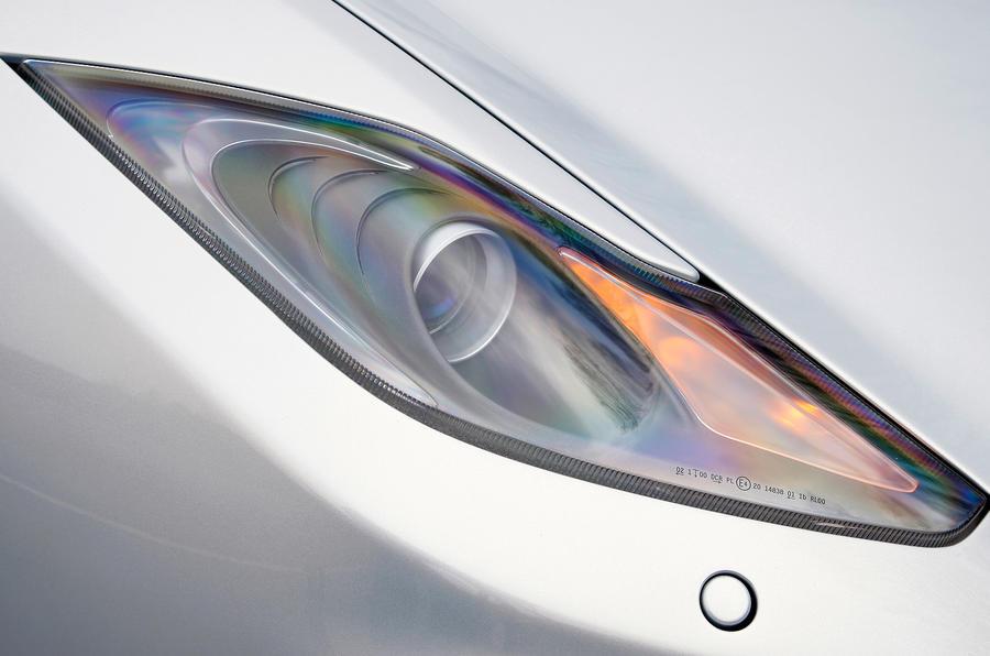 McLaren 12C Spider xenon headlights