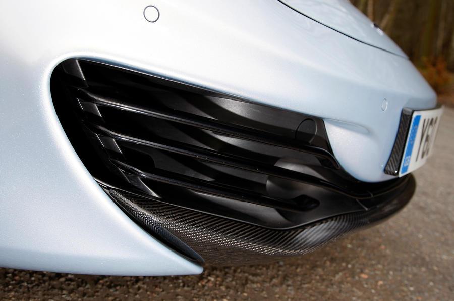 McLaren 12C Spider front splitter