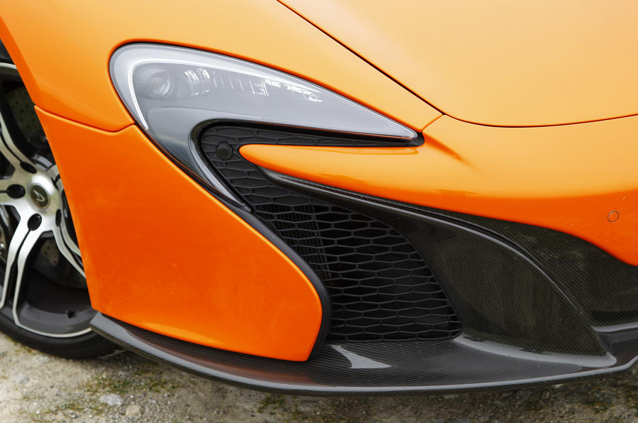 McLaren 650S front air intakes