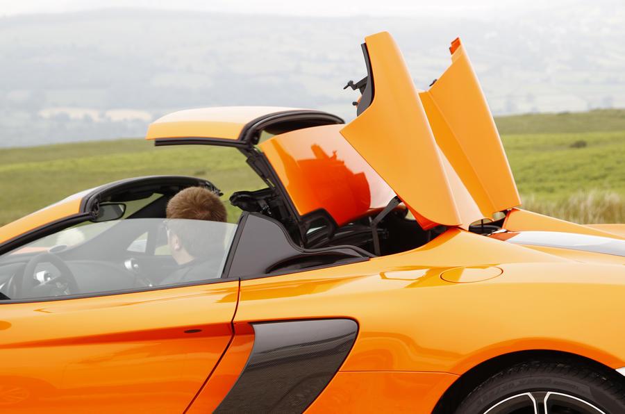 McLaren 650S folding metal roof