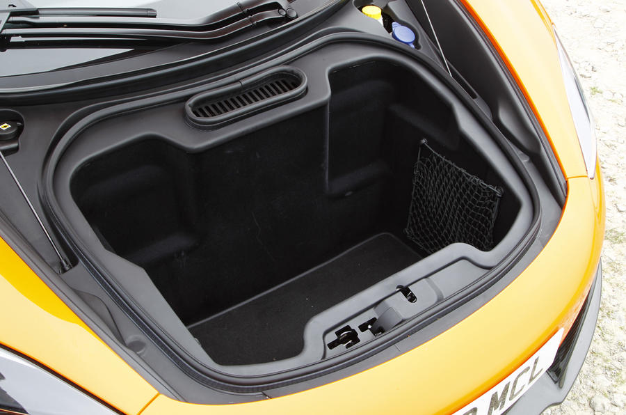 McLaren 650S Spider boot space
