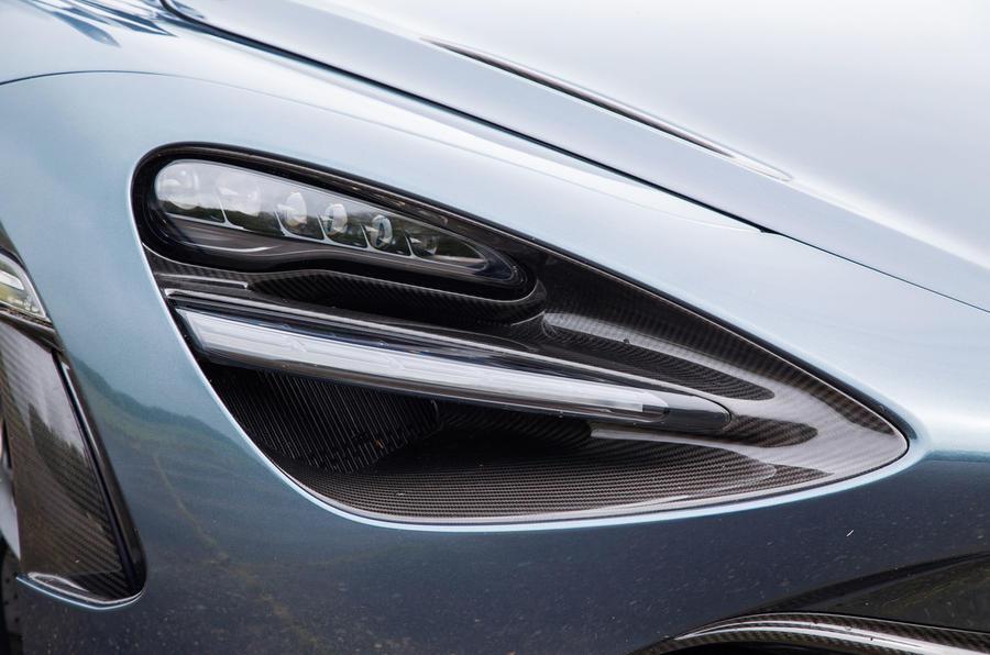 McLaren 720S LED headlights