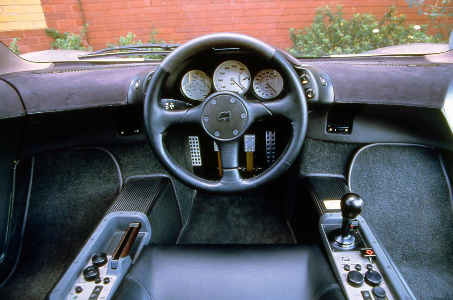 mclaren f1 1992 1998 interior autocar. Black Bedroom Furniture Sets. Home Design Ideas