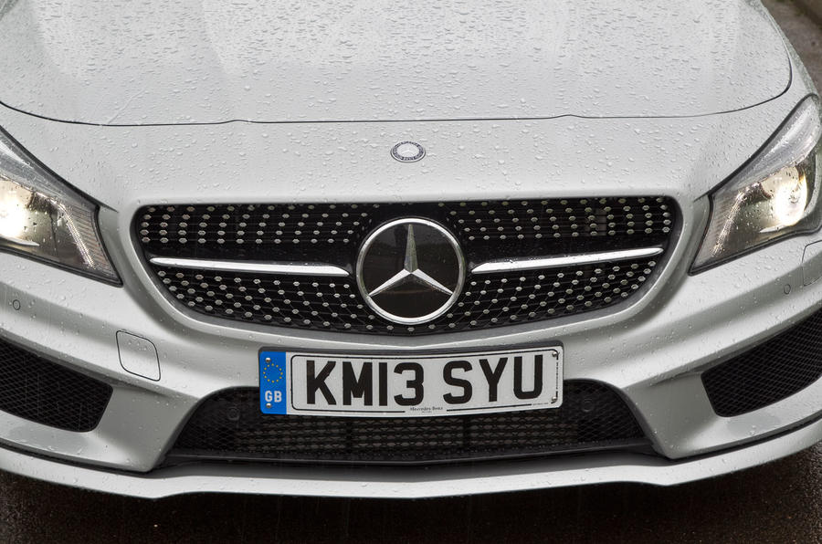Mercedes-Benz CLA front grille