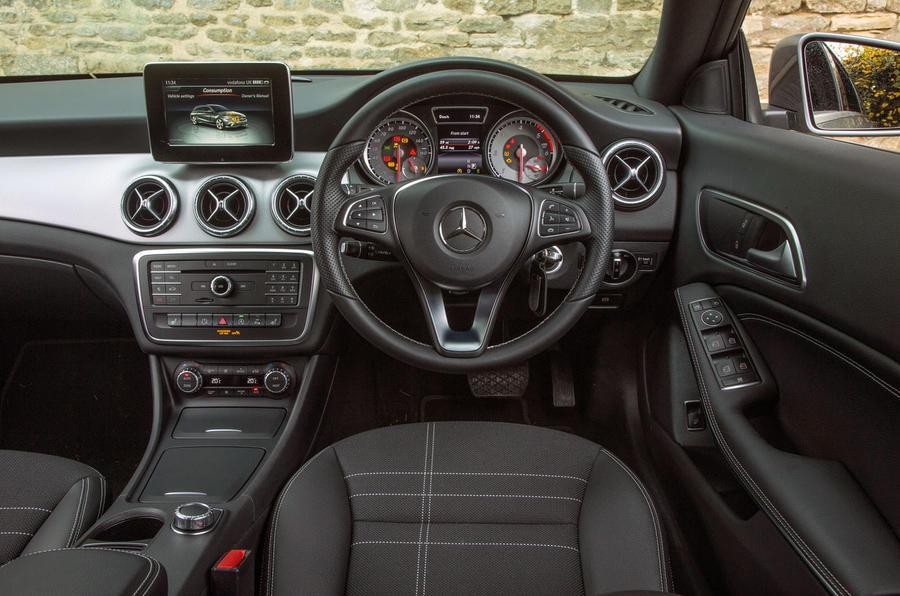 mercedes cla shooting brake review 2017 autocar. Black Bedroom Furniture Sets. Home Design Ideas