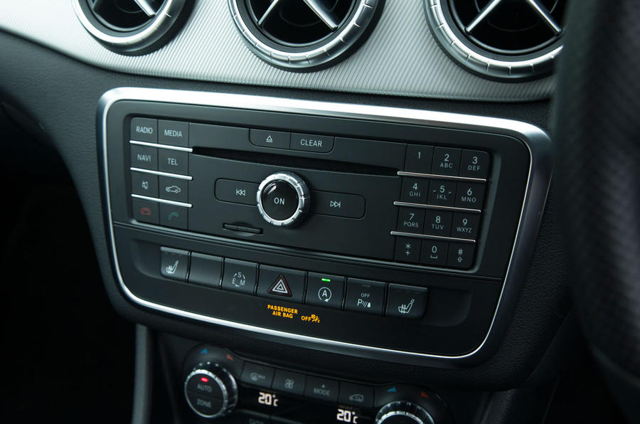 The infotainment controls in the CLA Shooting Brake Sport