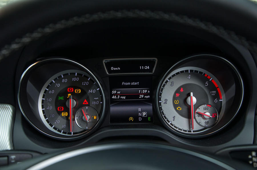 The instrument cluster of the Mercedes-Benz CLA Shooting Brake