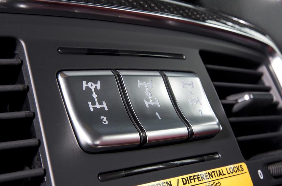 Mercedes-AMG G 63 4x4 drive mode