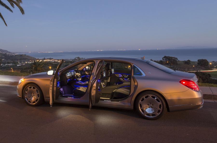 Mercedes-Maybach S 600 doors open